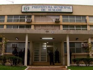 O prédio da Prefeitura de Sumaré, na região central da cidade (Foto: Reprodução EPTV)