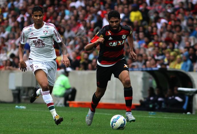 Michael e Wallace - Fluminense x Flamengo (Foto: Nelson Perez / Fluminense FC)