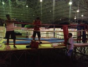 Visitantes podem conhecer um pouco do boxe (Foto: Tercio Neto/GLOBOESPORTE.COM)