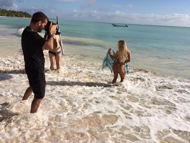 Indianara Carvalho, Miss Bumbum 2014, posa no caribe (Foto: CO Assessoria / Divulgação)