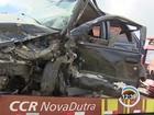 Policial dirige na contramão e provoca acidente na Via Dutra em Canas, SP