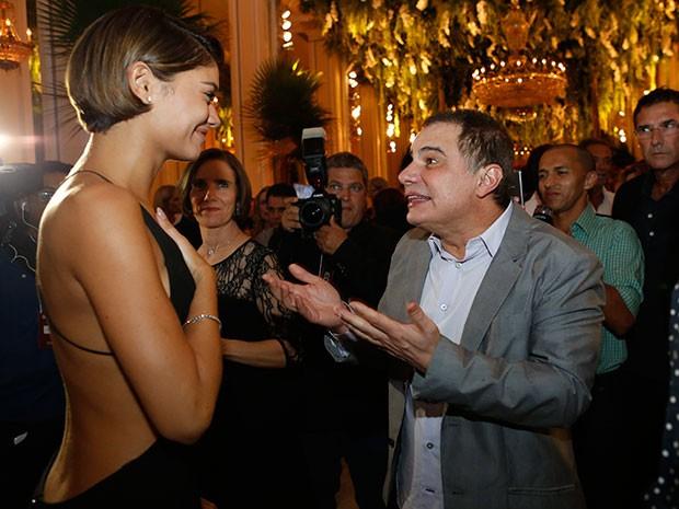 Ricardo Linhares confraterniza com Sophie Charlotte  (Foto: Ellen Soares / Gshow)