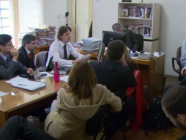 Médicos foram ouvidos no 3º dia das audiências de instrução e julgamento em Poços de Caldas (Foto: Reprodução EPTV)