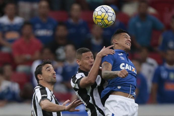 Lucas Romero Cruzeiro; Botafogo;Mané Garrinch (Foto: Ueslei Marcelino/Light Press)