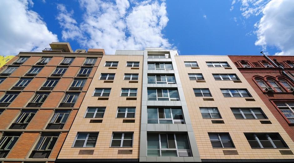 Uma das fontes de receita do Site para Condomínio é a mensalidade cobrada dos prédios pela manutenção da plataforma (Foto: Shutterstock)