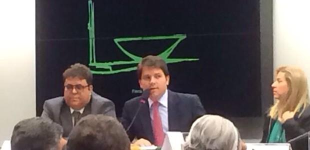 O deputado Luiz Argôlo durante depoimento ao Conselho de Ética da Câmara (Foto: Paulo Melo/G1)