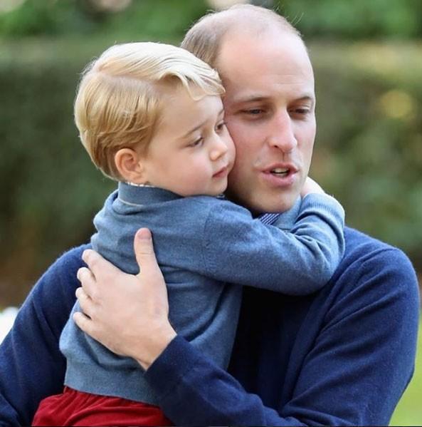 George grudadinho do Príncipe William (Foto: Reprodução - Instagram)