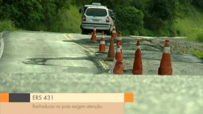 RS 431, entre Bento Gonçalves e Guaporé, RS, está em meia pista