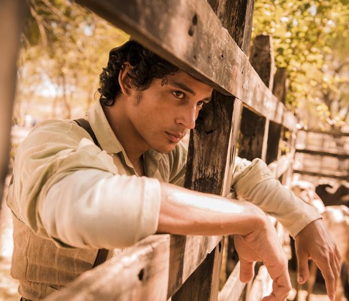Diyo Coelho será Bento na próxima novela das 9. Na outra fase da trama, seu papel será vivido por Irandhir Santos (Foto: Caiuá Franco/ Globo)