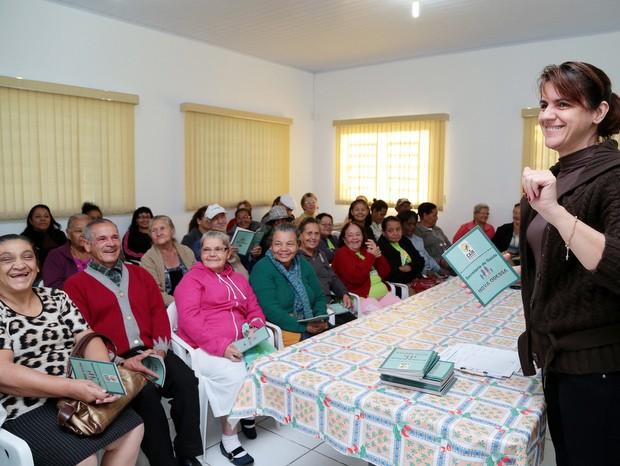 Palestra de prevenção contra queda de idoso em Nova Odessa (Foto: Osnei Réstio/Prefeitura de Nova Odessa)