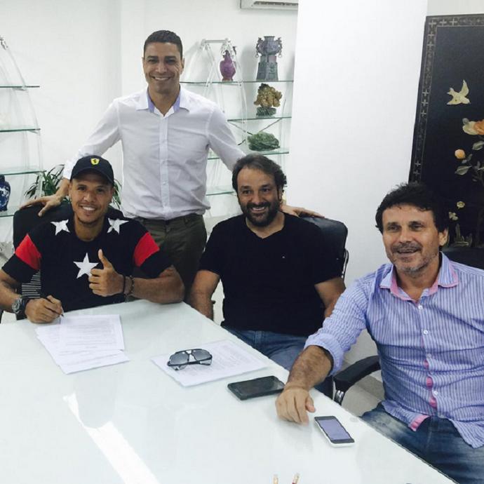 Luis Fabiano Tianjin contrato