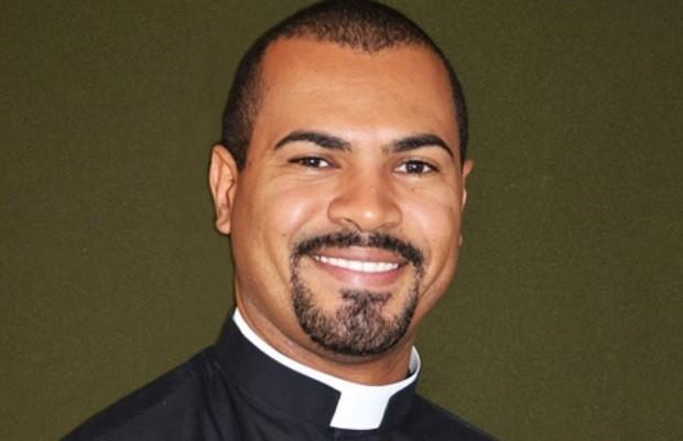 Padre Fabiano Santos Gonzaga foi preso suspeito de estupro em Goiás (Foto: Divulgação/Arquidiocese de Uberada)