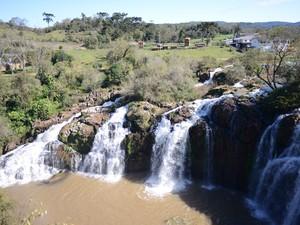 Cascata da Sede é um dos pontos turísticos de União da Serra, RS (Foto: Luiza Carneiro/ G1)