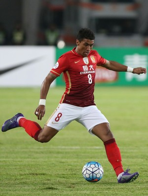 Paulinho Guangzhou Evergrande (Foto: Getty Images)