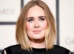 Adele dá bronca em fã que filmava show: 'Dá para desmontar o tripé?'
