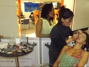 Mulheres poderão conferir serviços como maquiagem, limpeza de pele e outros na Bahia (Foto: Divulgação)