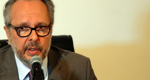chegou forte (Aldo Carneiro / Pernambuco Press)