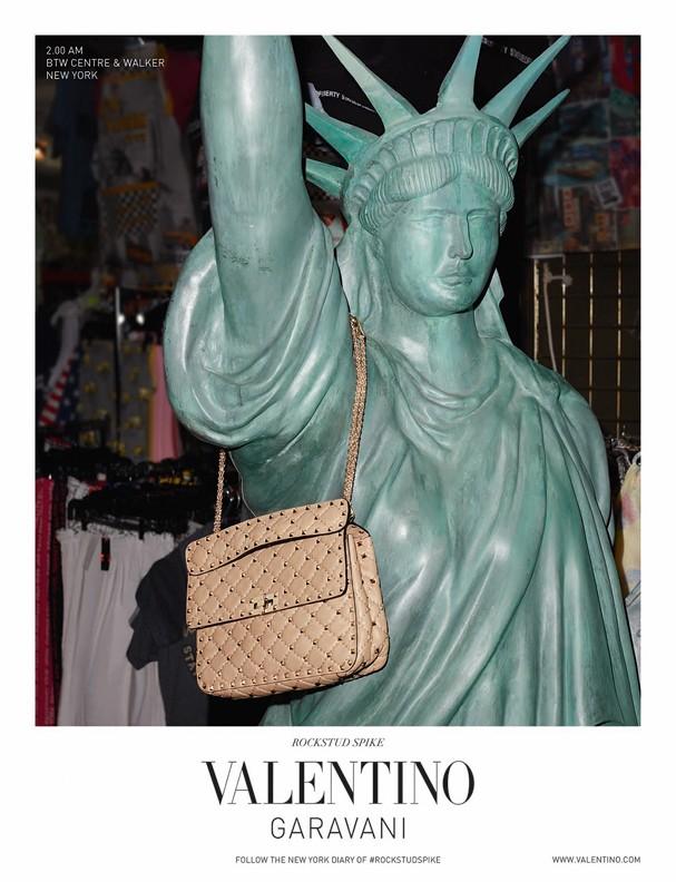 Rockstud Spike Bag, Valentino (Foto: Divulgação)
