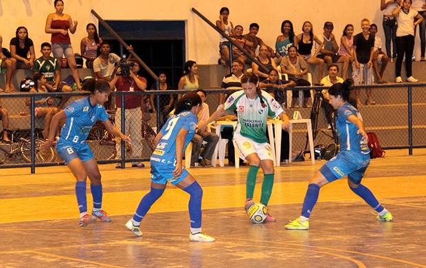 Taça Roraima Futsal Feminino Sub-17 começa na segunda (22) com duas disputas entre as quatro equipes da competição (Foto: Reynesson Damasceno)