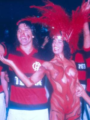 Renato Gaúcho ao lado de Enoli no desfile da Ilha de 1988 (Foto: Arquivo Pessoal)