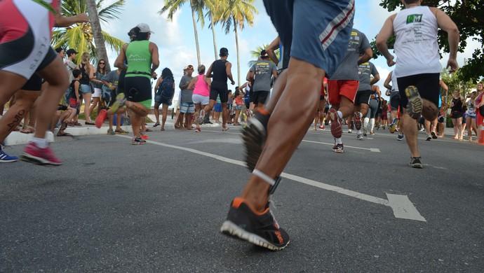 competição de aquatlo, na praia do cabo branco (Foto: Amauri Aquino / GloboEsporte.com/pb)