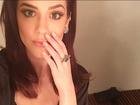 Sophia Abrahão posta foto decotada com look sexy