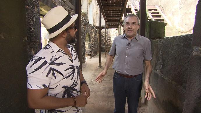 Laurentino Gomes conta curiosidades sobre a passagem de D. João VI pela Bahia (Foto: TV Bahia)