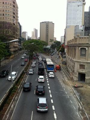 Faixa exclusiva no Corredor Norte-Sul foi implantada em etapas no mês passado (Foto: Márcio Pinho/G1)