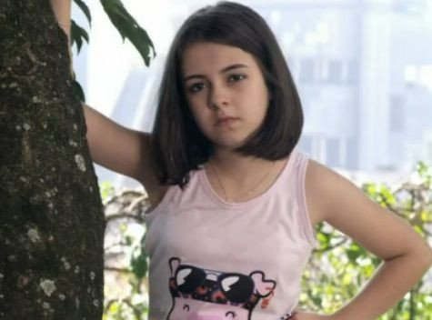 Klara Castanho, a Paulinha de 'Amor à vida' (Foto: Reprodução)