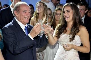 Renato Aragão e a filha Lívian Aragão (Foto: Roberto Teixeira/EGO)