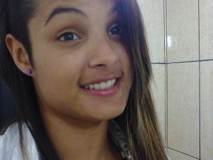 Dayane foi encontrada morta no domingo em Maringá (Foto: Reprodução Facebook)
