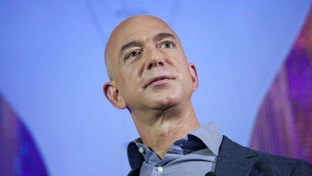 Jeef Bezos, fundador da Amazon, lança o Centro de Inovação Bezos no Museu da História e da Indústria em Seattle, Washington (EUA) (Foto: David Ryder/Getty Images)