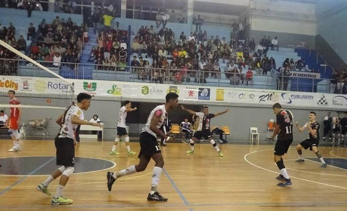 Vôlei Suzano x Sesi-SP Campeonato Paulista sub-19 (Foto: Juliana Kageyama)