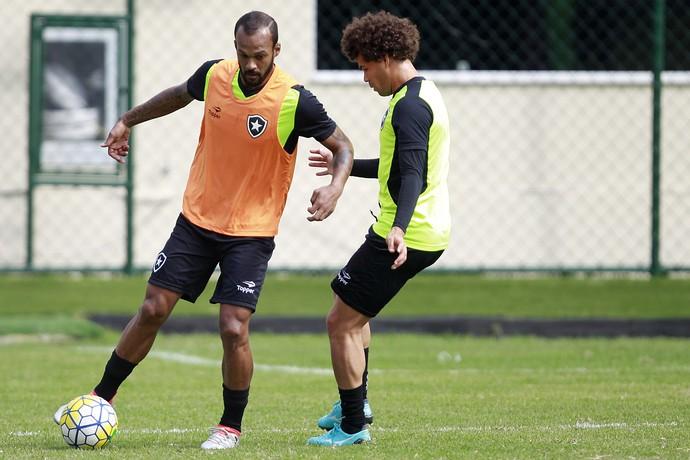 Bruno Silva e Camilo Botafogo (Foto: Vitor Silva / SSpress / Botafogo)