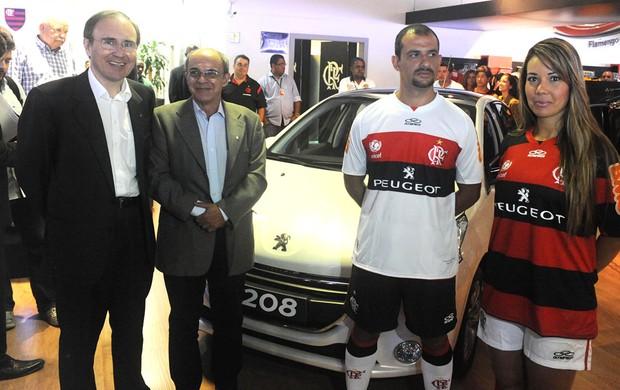 Flamengo novo uniforme contrato Peugeot patrocinador (Foto: Alexandre Vidal / Fla Imagem)