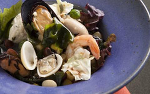 Frutos e folhas do mar