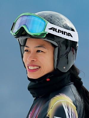 SONHO Vanessa treina em Sochi, na semana passada. Apesar do sucesso como violinista, ela sempre quis esquiar (Foto: Clive Rose/Getty Images)