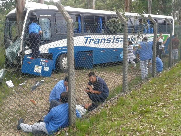 Acidente aconteceu na tarde desta terça-feira (31) (Foto: Arquivo Pessoal)