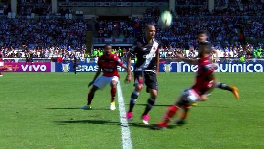Nenê decide de falta, e Vasco bate o Atlético-GO em jogo ruim em São Januário
