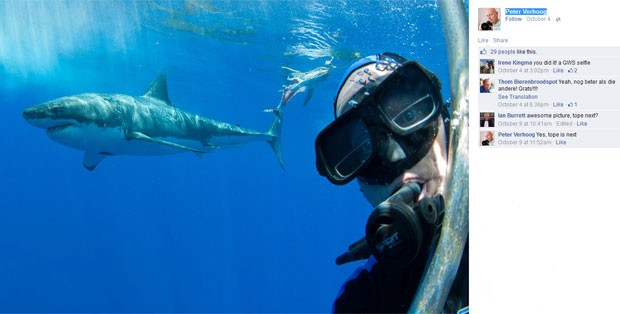 Peter Verhoog fez sucesso ao postar foto em que aparece fazendo selfie com tubarão branco ao fundo  (Foto: Reprodução/Facebook/Peter Verhoog)