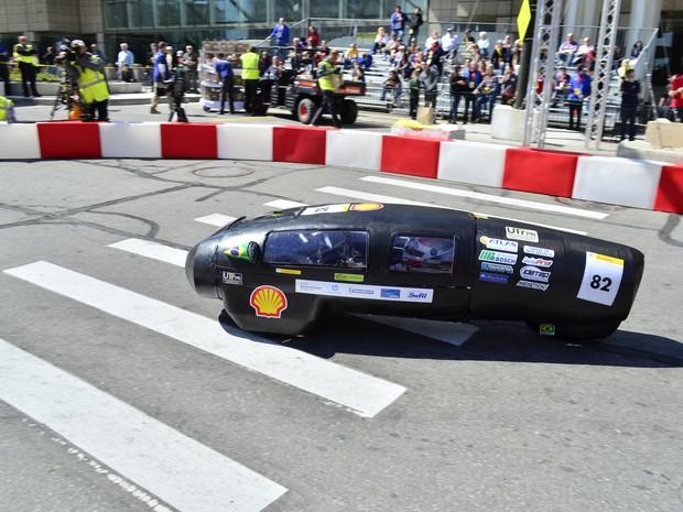 Carro de pesquisadores brasileiro percorre 316 km com um litro de etanol (Foto: Equipe Pato a Jato/Divulgação )