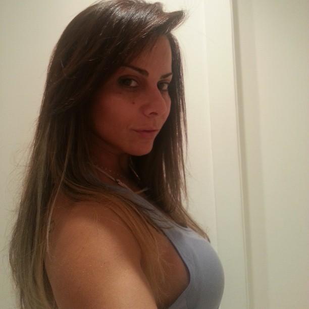 Viviane Araújo posa para foto (Foto: Instagram/ Reprodução)