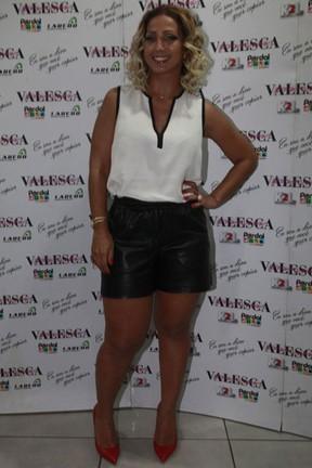 Valesca Popozuda em bastidores de show na Zona Oeste do Rio (Foto: Isac Luz/ EGO)
