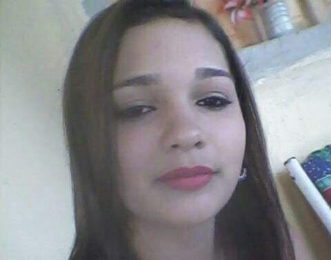 Lucélia Silva, de 14 anos, estava indo para casa do namorado quando foi morta (Foto: Divulgação / PM)