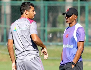 Cristóvão e Diego Souza no treino do Vasco (Foto: Marcelo Sadio / Site Oficial do Vasco da Gama)