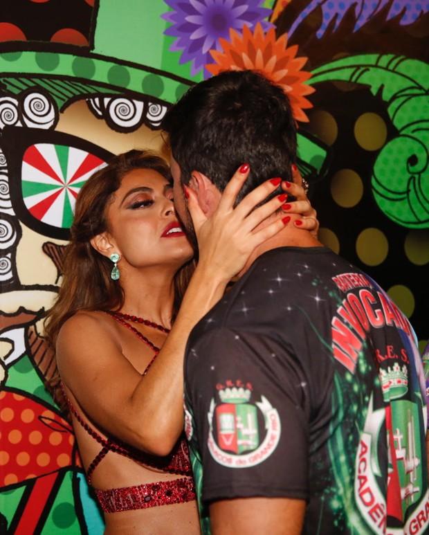 Juliana Paes e o marido, Carlos Eduardo Baptista (Foto: Marcello Sá Barretto e Rodrigo dos Anjos/AgNews)