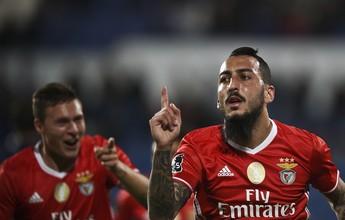 Benfica passa pelo Belenenses e recupera a liderança isolada