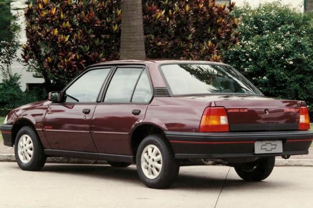 Chevrolet Monza (Foto: Divulgação)