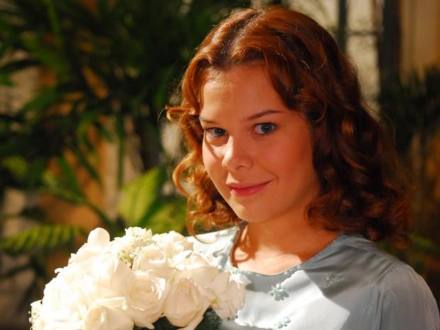 Em O Profeta, de 2006, a personagem Carola era apaixonada pelo vidente Marcos (Foto: Vídeo Show / Gshow)
