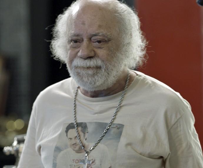 Ascânio ouve ameaça de Romero (Foto: TV Globo)